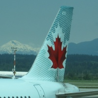 canada-airplane_200